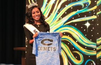 Reigning Miss America visits with Clayton Comets
