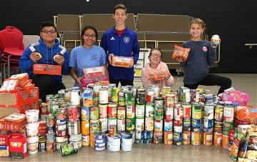 National Junior Honor Society Sponsors Food Drive