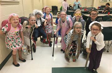 Green Hornets Celebrate 100 Days in School