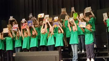 RDE Chorus Participates in CHHS Preview Concert