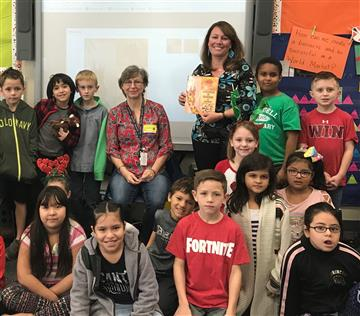 Author Visits Second Graders at RDE