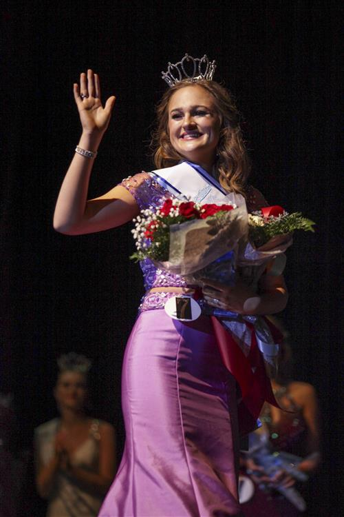 Cleveland High crowns Miss Cleveland 2018