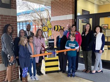On December 9, 2019 the Selma Elementary Yellow Jackets had their ribbon cutting ceremony for the Ye