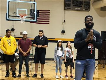 Motivational Speaker Willie Green Inspires Smithfield Middle Students