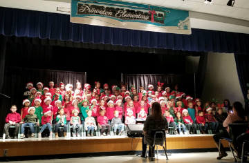 Kindergarten Performs at Winter PTA Meeting