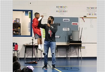 William Green, a former NFL player, Visits PES