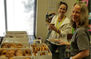 PTA Shows Teachers Appreciation with Breakfast