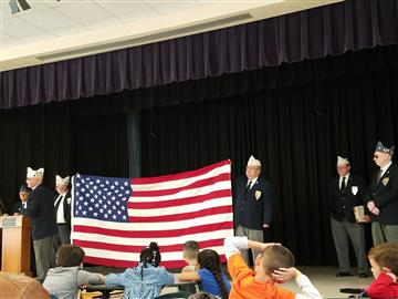 Veterans visit First Graders